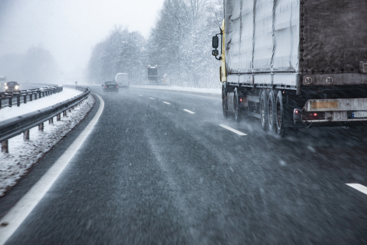 Important Driver Safety Tips for Your Fleet
